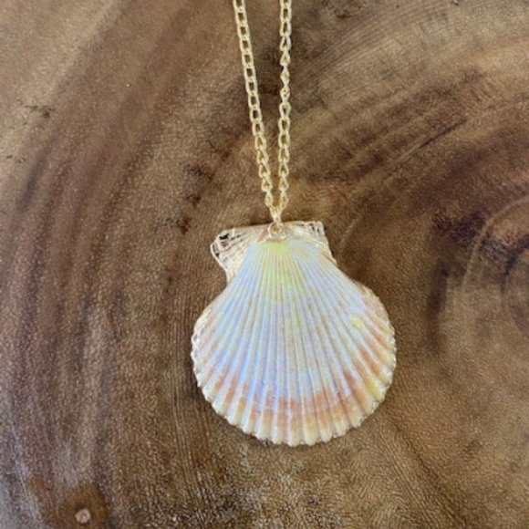 Neutral Light Colored Shell Necklace with Gold